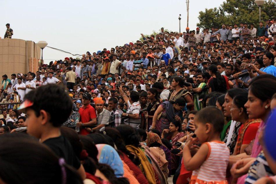 Wagha crowd